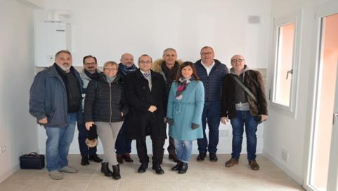Il Presidente dell'A.T.E.R. con il Gruppo di lavoro aziendale che ha contribuito alla realizzazione dell'iniziativa